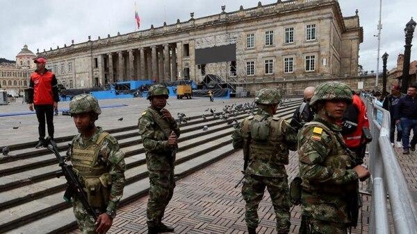 En Bogotá 4.200 uniformados garantizarán la seguridad de la ceremonia. EFE
