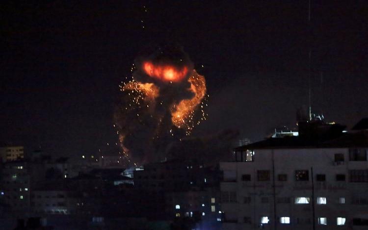 Israel atacó objetivos de Hamas en la Franja de Gaza (AP Foto/Adel Hana)