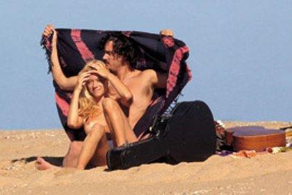 Nicole Neumann y Nacho Herrero, fotografiados teniendo sexo bajo una manta
