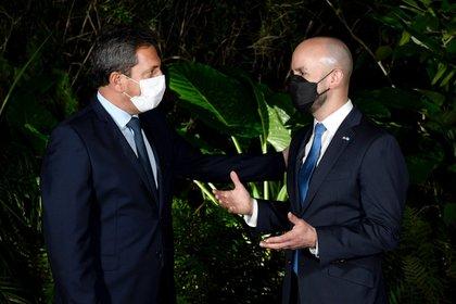 Sergio Massa y Juan González, asesor especial de Joseph Biden, antes de compartir el asado en la casa del Presidente de la Cámara de Diputados