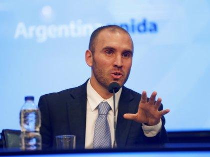 El ministro de Economía, Martín Guzmán, quiere avanzar con una agenda de la deuda en pesos y con otra diferente para los pasivos en dólares