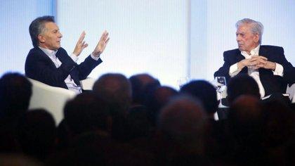 Mauricio Macri y Mario Vargas Llosa volverán a estar juntos con la excusa del libro del ex presidente, pero el escritor aparecerá en un video