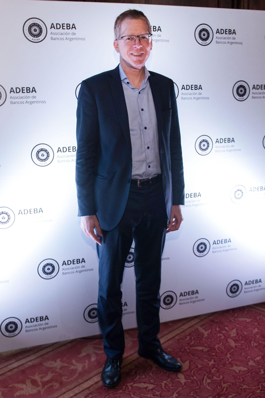 Juan Curuchet, presidente del Banco Provincia, vicepresidente 4to de ADEBA