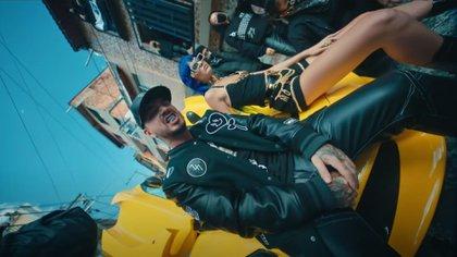 """J Balvin presentó """"MA G"""". Foto: Captura de video."""