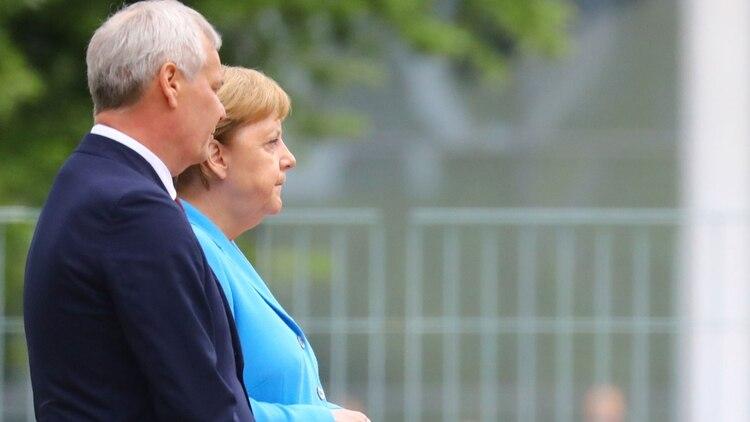 Angela Merkel junto al premier finlandés Antti Rinne (Reuters)