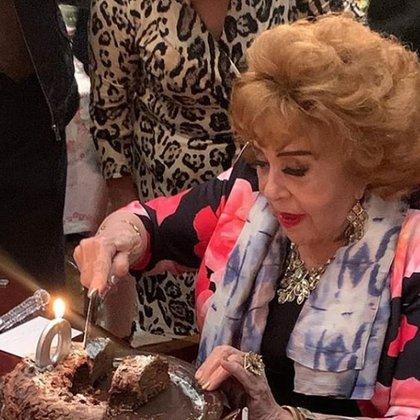 Pinal festejó su cumpleaños el pasado sábado 12 de septiembre con la mayoría de su familia (Foto: Instagram @silvia:pinal.h)
