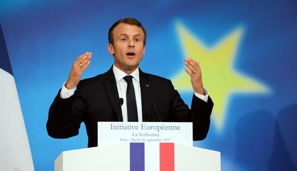 Macron aplicará una de las principales medidas en materia de educación que prometió en su campaña (REUTERS)