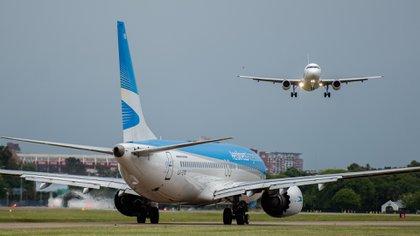 APLA y UALA son los gremios que nuclean a los pilotos de Aerolíneas y Austral (Adrián Escandar)