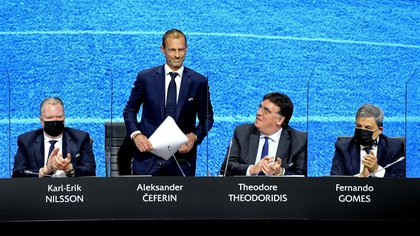 La Superliga europea nació a espaldas de Aleksander Ceferin, titular de la UEFA, tras aprobarse la reforma de la Champions League (Foto: EFE)