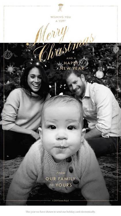 La postal navideña de los duques de Sussex con Archie