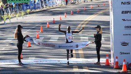 Evans Kiplagat Chebet rompió el récord de su compatriota Saina Kipkemboi el año pasado (Franco Fafasuli)