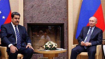 Nicolás Maduro y Vladimir Putin, en su último encuentro en Rusia en diciembre pasado (Reuters)