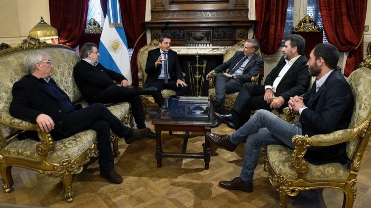 Los jefes del bloque de Juntos por el Cambio habían llevado la postulación de Pichetto a una reunión con Massa