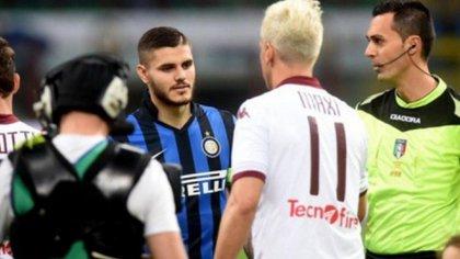 Mauro Icardi y Maxi López, durante un cruce por la liga italiana. El ex River dijo que su relación con el delantero del Inter es igual a la que tiene con Wanda