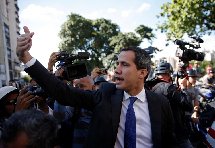 Juan Guaidó intenta ingresar al Parlamento (Reuters/ Manaure Quintero)