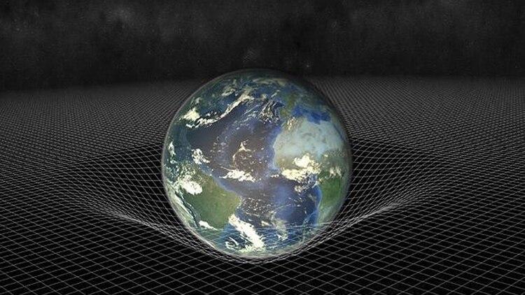Maldacena postula la posibilidad de que todo lo que nos rodea no sea más que una proyección de un cosmos mucho más simple y sin gravedad