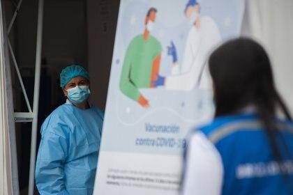 27/02/2021 Vacunación en un hospital de Colombia el 18 de febrero de 2021 POLITICA  CONTACTOPHOTO