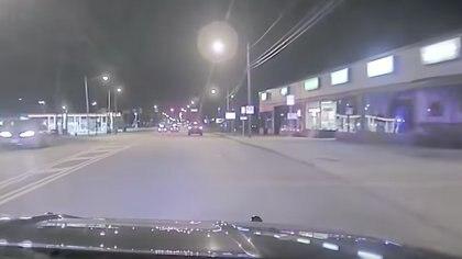 En muy poco tiempo el niño aceleró lo suficiente para dejar atrás a la policía durante la persecución en la ciudad de Cleveland, Ohio