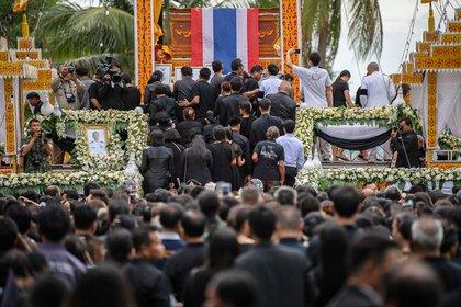 El funeral del buzo fue multitudinario (Reuters)