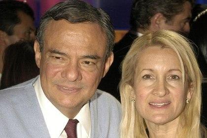 En 1993 José José conoció a su tercera esposa y tuvo una hija con ella llamada Sarita Sosa Salazar. (Foto: Twitter)