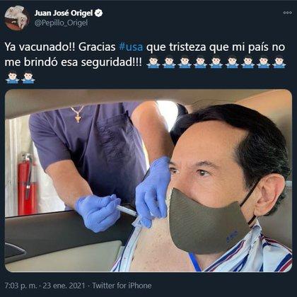 """""""Pepillo"""" publicó una fotografía del momento en el que le inyectaron la vacuna (Captura de pantalla: Twitter)"""