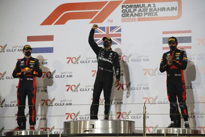 Au Grand Prix de Bahreïn, le pilote aztèque a dû abandonner la course et Albon est monté sur le podium à la troisième place (Photo: Hamad I Mohammed / Reuters)