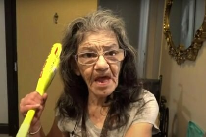 La mujer de 67 años advirtió al hombre que no molestara más a su amiga, pero ignorándolo y continuando el asalto, ella intervino Foto: kcal9tv serigrafía