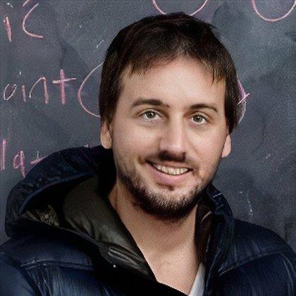 Enrique Cortés Funes es CEO de la compañía