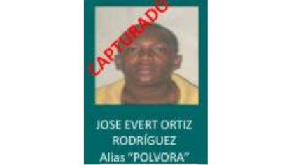 Las autoridades ofrecieron 200 millones de pesos por información que permitiera la captura de alias Pólvora. Foto: Policía Nacional