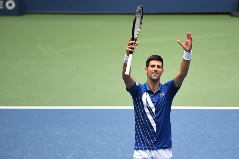 El serbio Novak Djokovic celebra tras derrotar al británico Kyle Edmund y pasar a la tercera ronda del Abierto de Estados Unidos, en Flushing Meadows, Nueva York. Septiembre 2, 2020. Danielle Parhizkaran-USA TODAY Sports