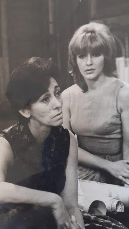 La familia de Hilda Bernard compartió con Teleshow una serie de fotos de archivo de la actriz