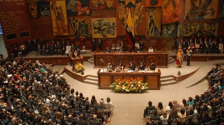 La Asamblea Nacional de Ecuador destituyó a los miembros del poderoso ente de control creado por Rafael Correa
