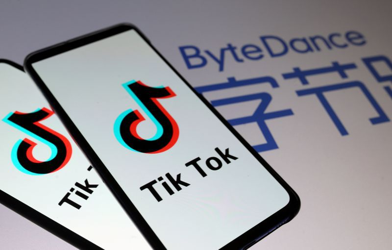 Se estima que un tercio de usuarios de Tik Tok residían en India, previo a la implementación de las restricciones (REUTERS/Dado Ruvic/Illustration)