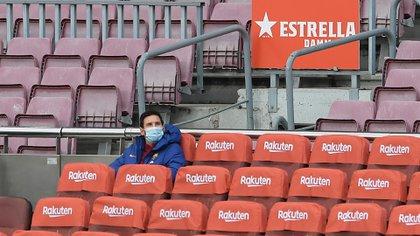 Lionel Messi empezó como suplente en el partido contra el Betis ( Josep LAGO / AFP)