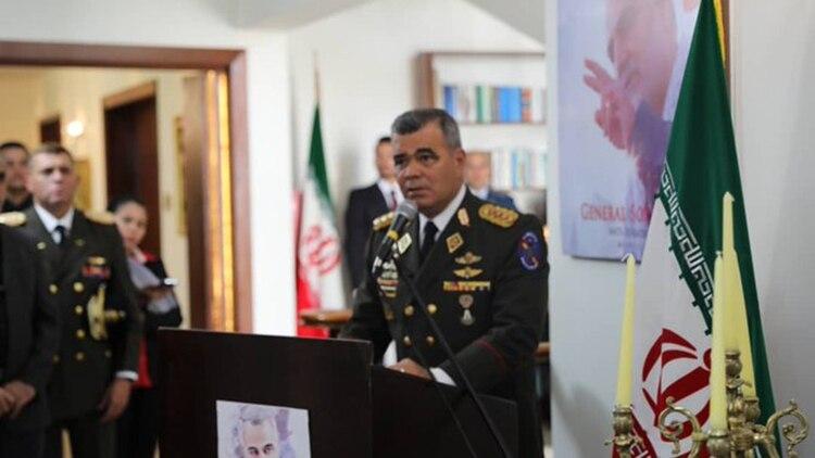 Vladimir Padrino López (@ReporteYa)