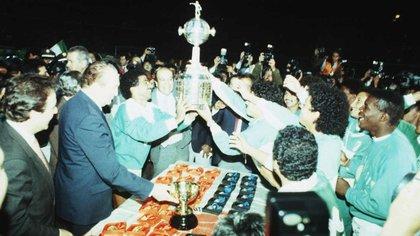 En 1989 Atlético Nacional se convertiría en el primer equipo colombiano en levantar la Copa Libertadores.