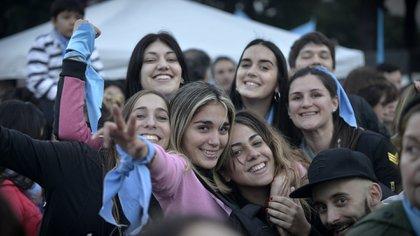 """Manifestación en el centro porteño bajo la consigna """"Salvemos las dos vidas"""" (Gustavo Gavotti)"""