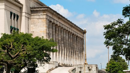 La UBA se alineó con el decreto del Gobierno