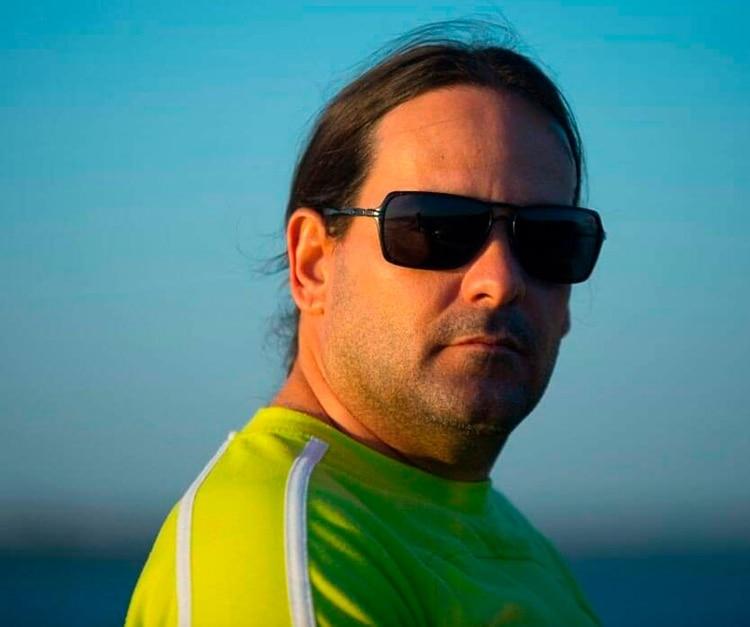 Moisés Avila vive hoy en Miami pero trabajó durante muchos años en las misiones de médicos cubanos en Venezuela y Brasil