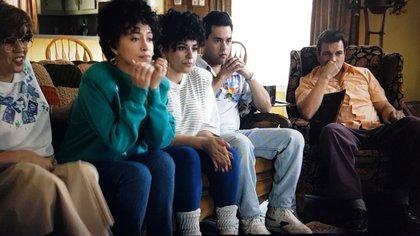La primera temporada retrató los difíciles inicios en la carrera de la cantante (Foto: Selena: la serie/captura de pantalla/Netflix)