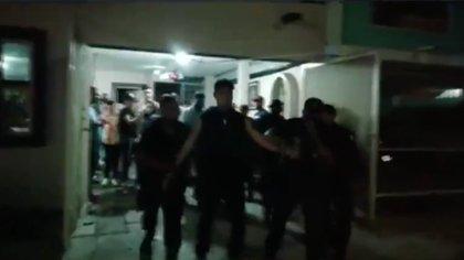 """La CDMS no ha sido la única entidad con festejos: esta imagen es de una """"Fiesta COVID-19"""" en Cadereyta, Nuevo León (Foto: Twitter/@_LASNOTICIASMTY/Captura de pantalla)"""