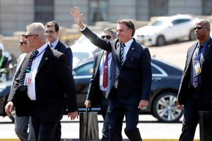 Jair Bolsonaro asistió a la asunción de Lacalle Pou