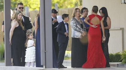 Niños y grandes fueron parte de uno de los momentos más importantes en la vida de Dalma (Nicolás Aboaf)
