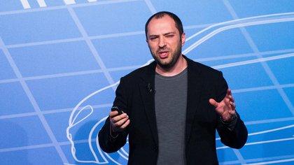 Jan Koum sehabría manifestado en desacuerdo con la estrategia de datos personales de Facebook en WhatsApp.(Getty)