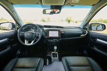 Novedades en la motorización, en el diseño y en el interior para la nueva Hilux (Toyota)