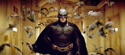 """Bale en una escena de """"Batman Inicia"""" (Foto: Moviestore/Shutterstock)"""