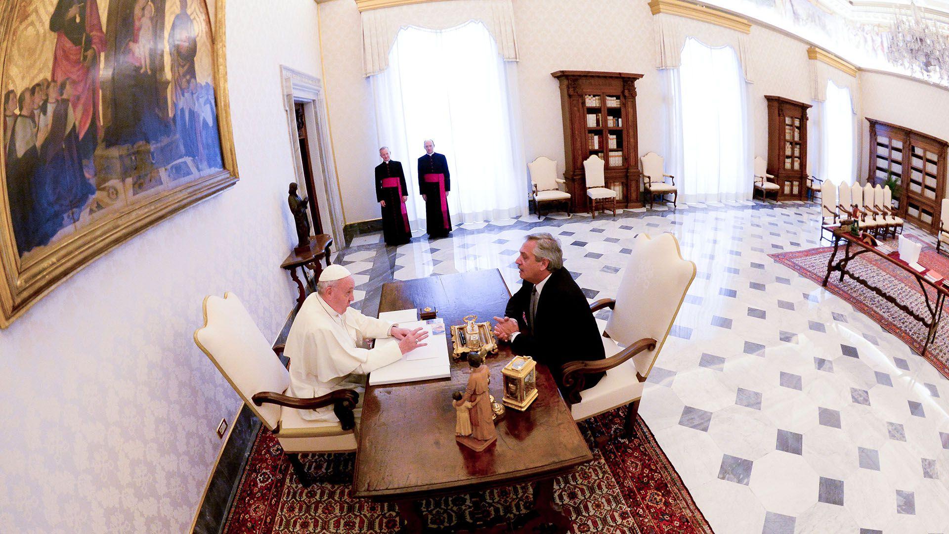 El papa Francisco y Alberto Fernández en el Vaticano (Presidencia)