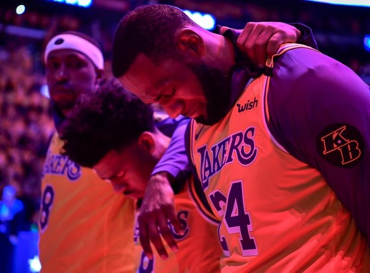 LeBron James, conmovido por el homenaje (USA TODAY Sports)