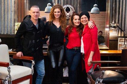 Tenchi @tenchioddino junto a Paula peralta, Magdalena Raspor y Leandro Rud