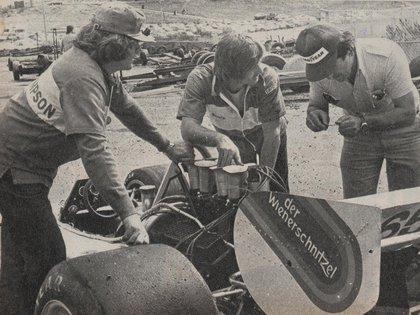 De izquierda a derecha, Di Palma, Berta y el Mir... (Archivo CORSA).